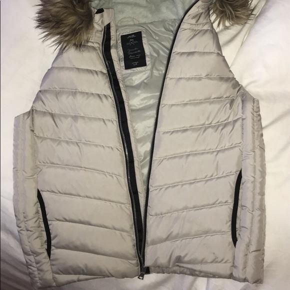 gap sleveless jacket